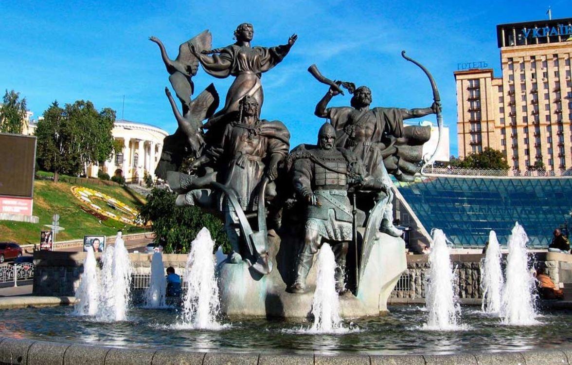 Красиві місця для світлин у Києві: інстаграмна столиця