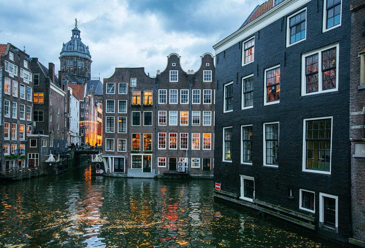 Що подивитися і чим зайнятися в Амстердамі
