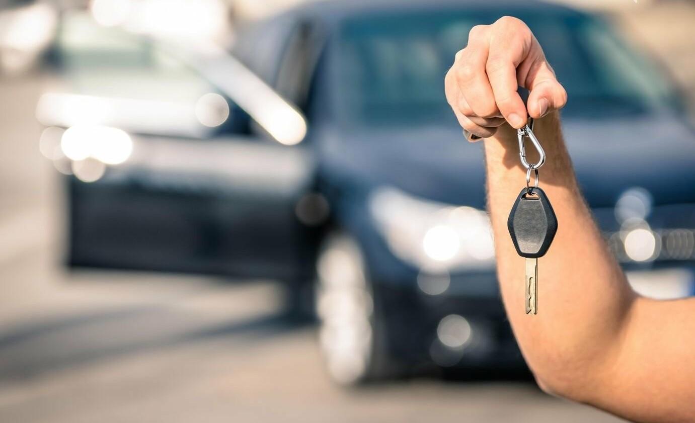 Несподівані доплати при оренді авто на відпочинку. Як цього уникнути