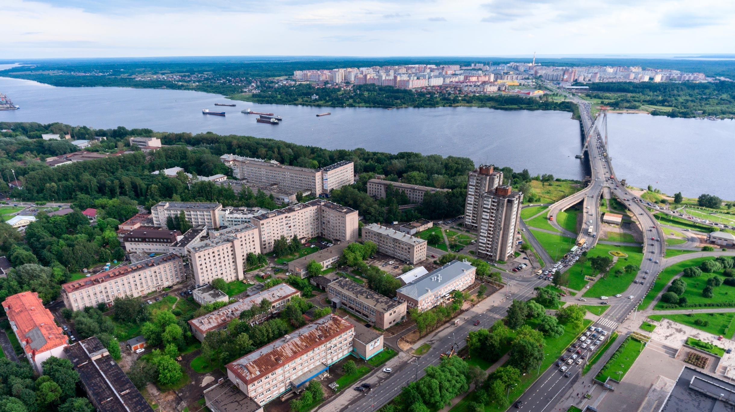 За скільки можна доїхати з Череповця в Москву?