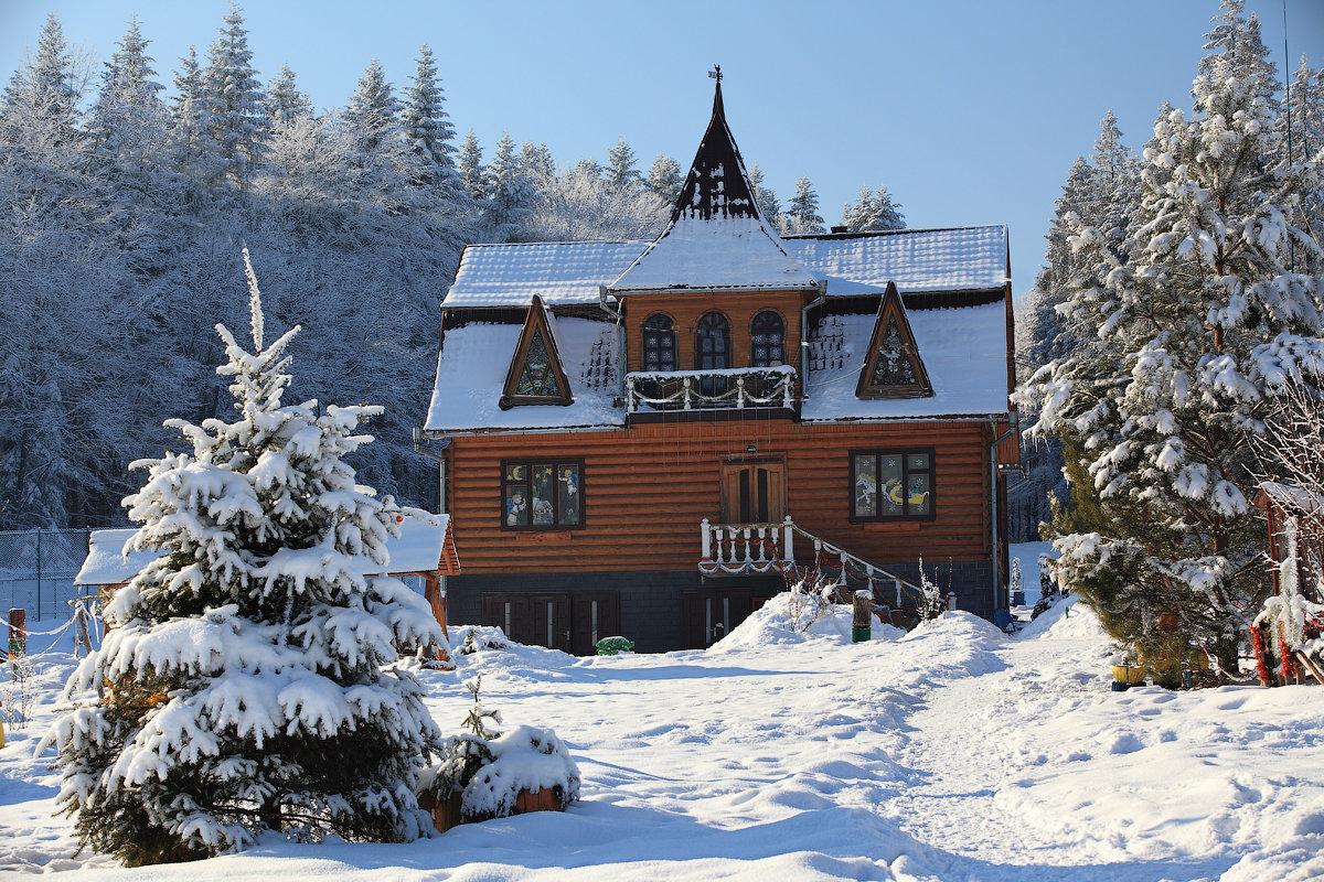 У гості до Святого Миколая: зимові канікули у селищі Пістинь