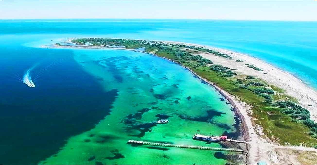 Найкрасивіші острови України